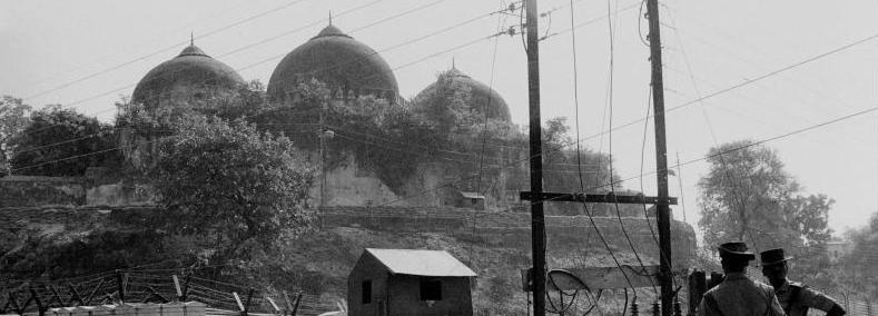 बाबरी मशिदीत राममूर्ती कशी आली : एकाने सांगितलेली कथा