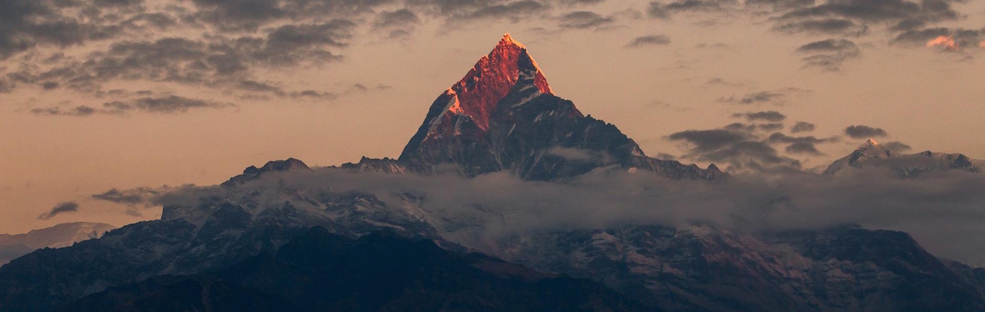 हिंदुकुश हिमालयातील दोन तृतियांश हिमनद्या २१०० सालापर्यंत वितळून जाऊ शकतील