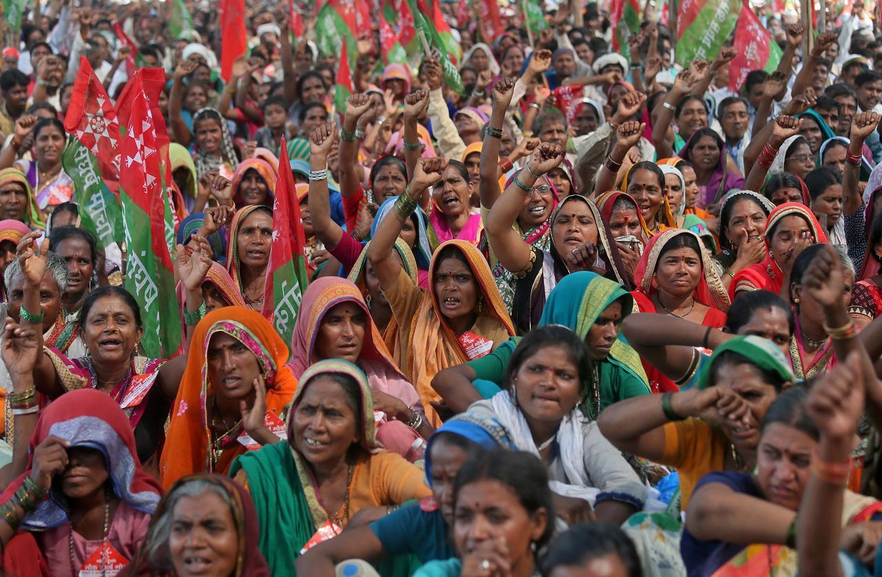 'सध्याचे सरकार हे आत्तापर्यंतच्या सर्व सरकारांमध्ये  सगळ्यात जास्त शेतकरी विरोधी आहे'