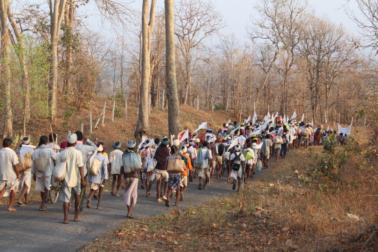 ११ लाख आदिवासींना बेघर करणारा अन्यायकारक निर्णय