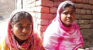 छोट्या मुलींचे बिडी वळण्याचे कौशल्य हा लग्न ठरण्यासाठीचा महत्वाचा मुद्दा आहे आणि या जिल्ह्यात बालविवाहांचे प्रचंड प्रमाण आहे. सौजन्य: गुरविंदर सिंघ, व्हिलेज स्क्वेअर