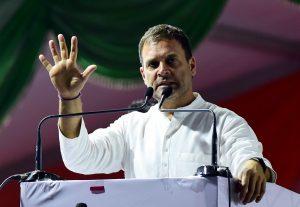 २)काँग्रेसचे अध्यक्ष राहुल गांधी २०१९ निवडणुकीचा प्रचार करताना.सौजन्य: पीटीआय