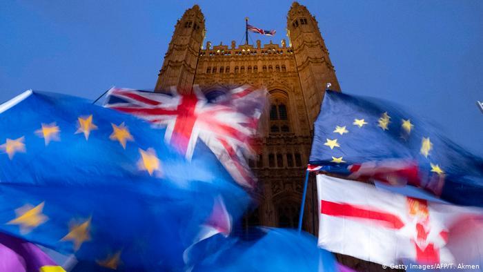 ब्रेक्झिट कराराबाबतचा महत्त्वाचा ठराव ब्रिटिश संसदेत नामंजूर