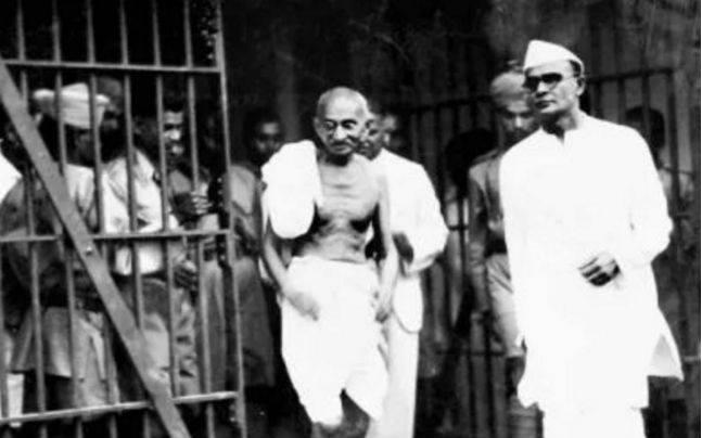 गांधी विचार परीक्षा : कैद्यांच्या मानसिक पुनर्वसनाचा प्रयोग