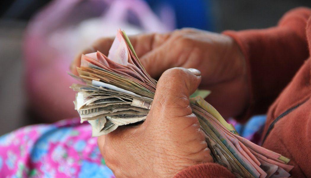 पीएमओमधील काहींमुळेच अर्थव्यवस्था धोक्यात – रघुराम राजन