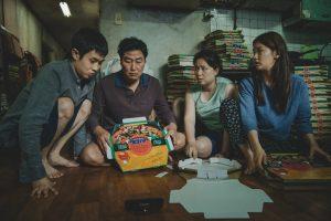 डावीकडून चोई वू शिक (पात्र - किम कि वू), सॉन्ग कांग हो (पात्र - किम कि टेक), चान्ग हे जीन (पात्र - किम चुंग सुक) आणि पार्क सो डॅम (पात्र - किम कि जुंग)