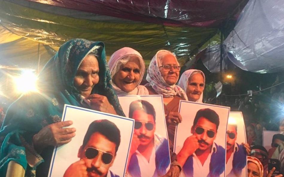 'शाहीन बाग दादीं'कडून प्रजासत्ताक दिन साजरा