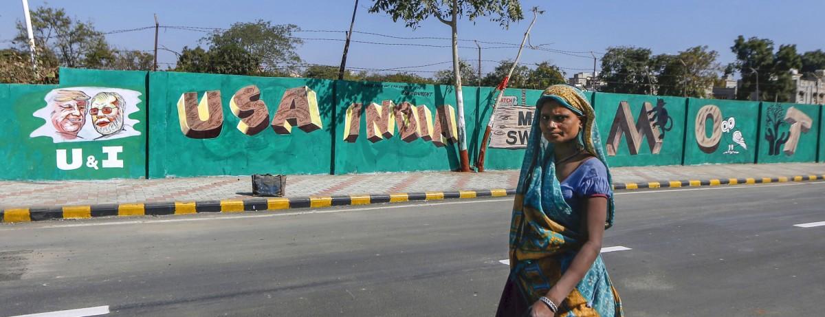 अहमदाबाद व नरेंद्र मोदी – प्रतिमा उंचावण्याचा प्रयत्न