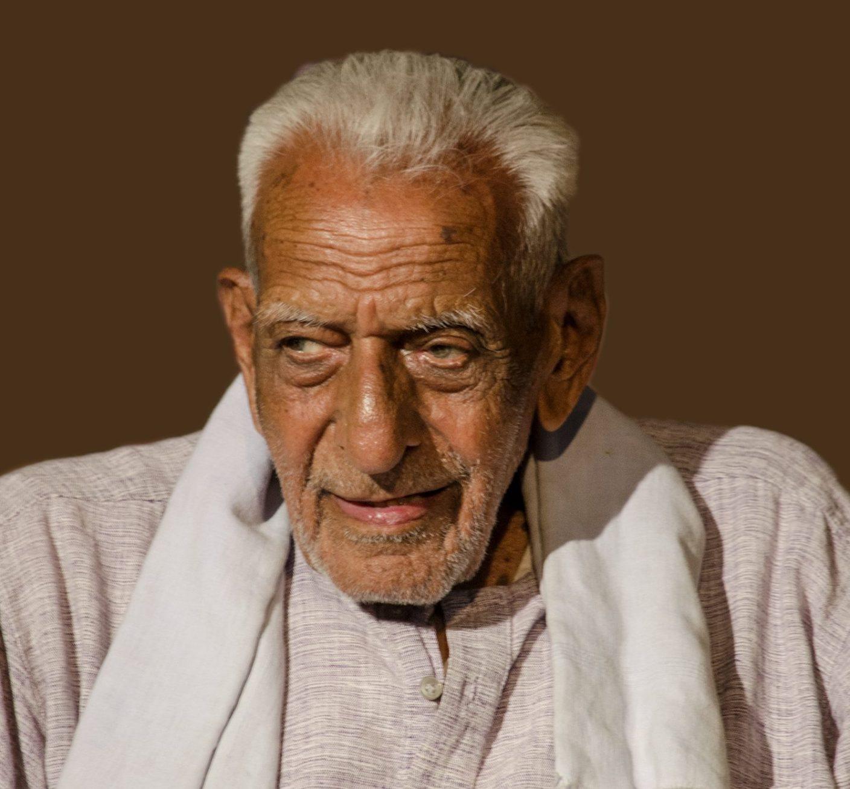 १०२ वर्षाचे स्वातंत्र्य सैनिक, 'पाकिस्तानी एजंट' : भाजप आमदार