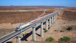 चीनने इथिओपियाची राजधानी आदीस-अबाबा ते जिबूती पर्यंत बांधलेला रेल्वे मार्ग.