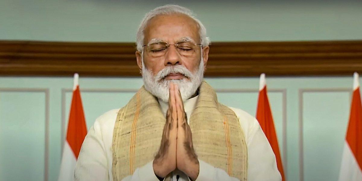 मोदींचे मौन सुटले; राहुल गांधीचे ५ प्रश्न