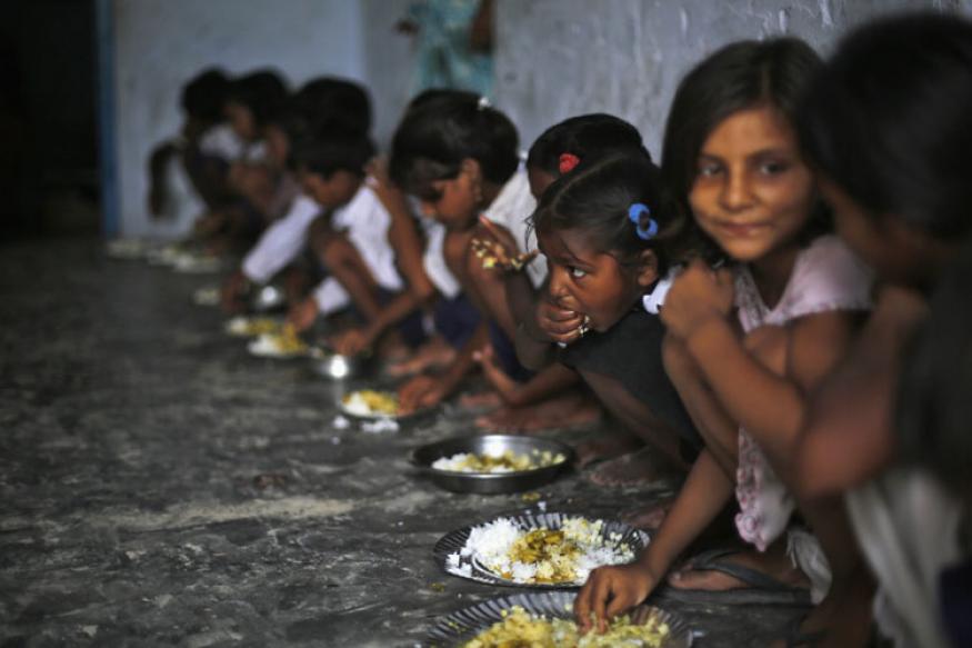माध्यान्ह भोजनासोबत नाश्त्याची सोय