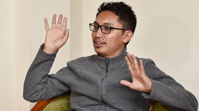 'लडाखमध्ये विकासासाठी फारुख अब्दुल्लांना समर्थन'