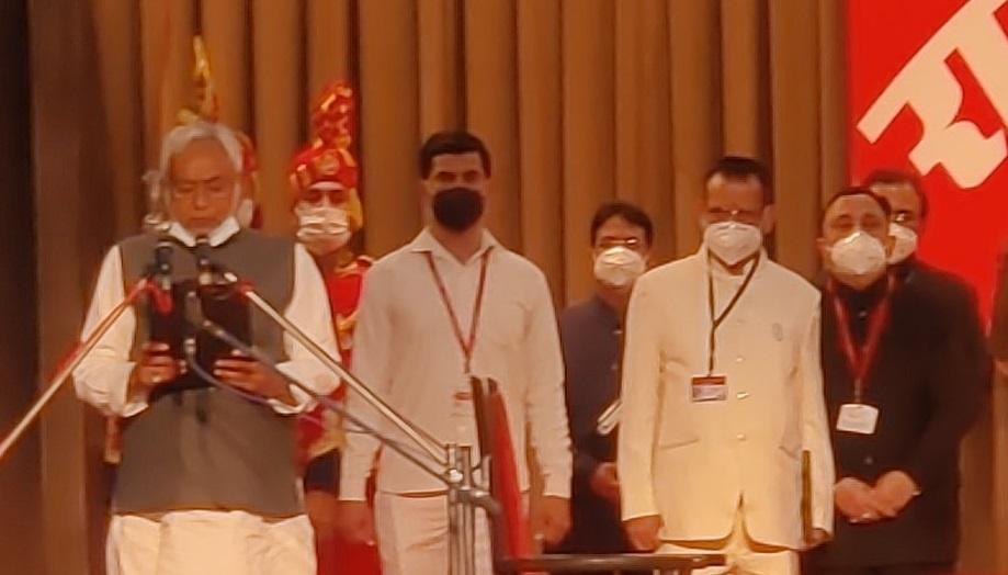 बिहारमध्ये २ उपमुख्यमंत्री, पहिल्यांदाच महिलेला संधी