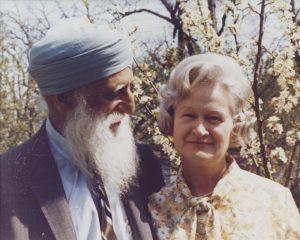 भगतसिंग थिंड आणि त्यांची पत्नी विवियन
