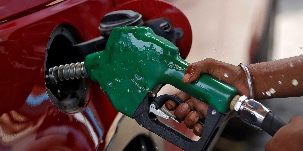 वाढत्या अबकारी करांमुळे इंधन महाग