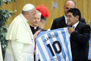 पोप आणि मॅराडोना