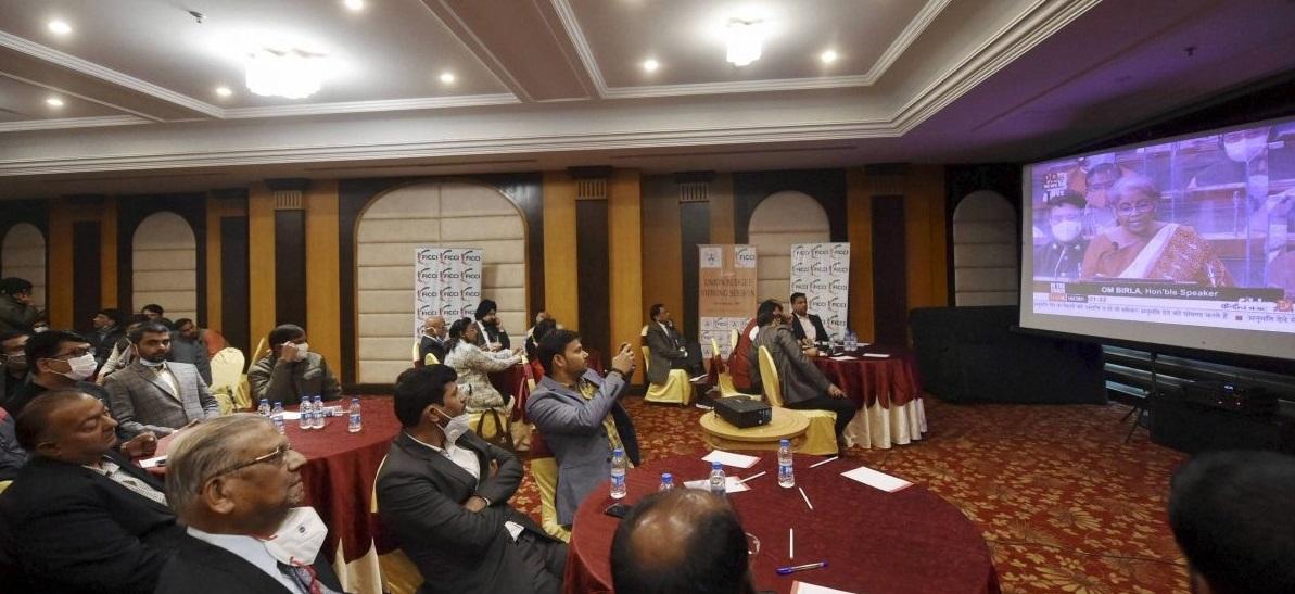 खासगीकरण भारतासाठी खरंच हितकारक आहे का?