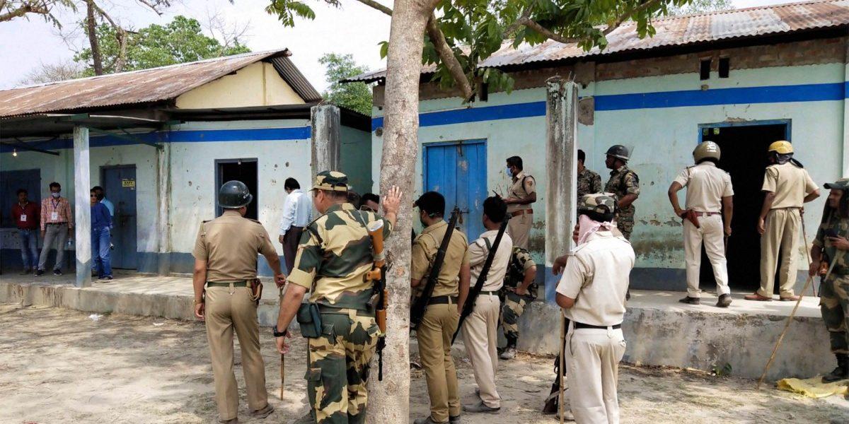 सीआरपीएफचा गोळीबार हे हत्याकांडः ममतांचा आरोप