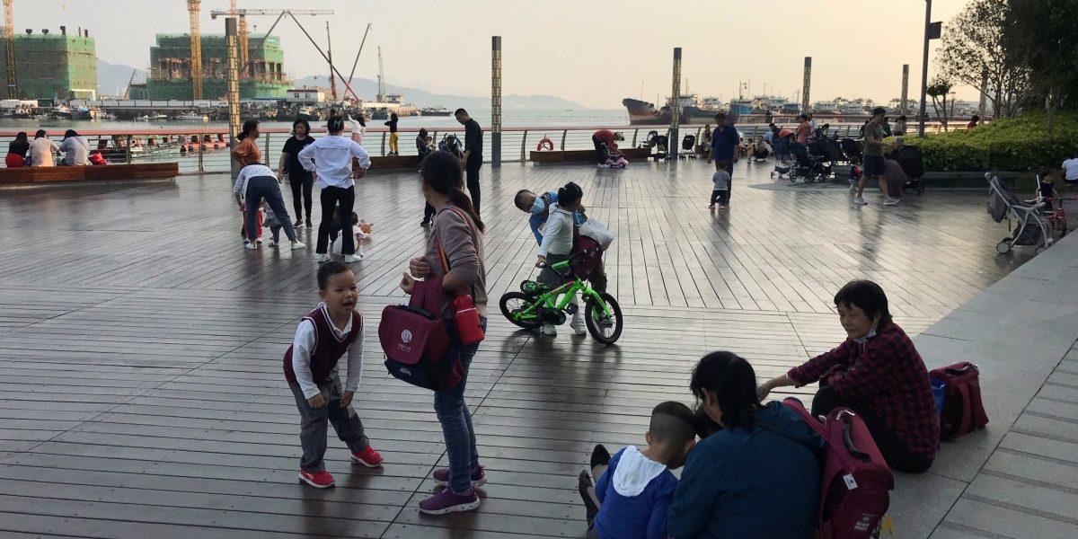 चीनमध्ये आता ३ मुलांचे धोरण लागू