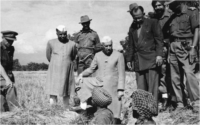 नेहरू, भारतीय लष्कर आणि पसरवलेल्या अफवा