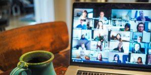 ऑनलाईन मीटिंग